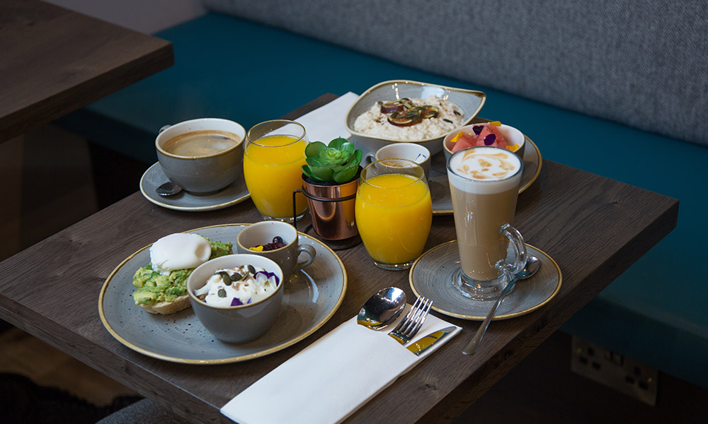 https://thebedford.ie/wp-content/uploads/2020/08/wellness-breakfast1000x600img1.jpg